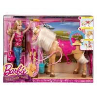 Barbie Cuida a su Caballo